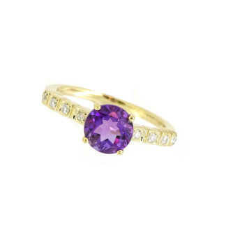 Amethyst & Diamond Ring in 10KT Yellow Gold